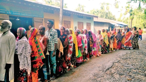 Muslims receive aid from Hindus at NRC Seva Kendras in Assam