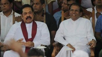 Mahinda Rajapaksa and President Maithripala Sirisena (file photo)