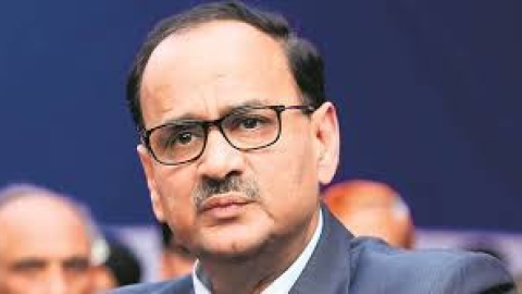 Modi vs CBI: CVC finds nothing substantial against chief Alok Verma