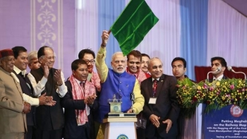 Prime Minister Narendra Modi flags off another event (representative image)