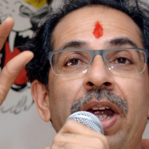 Shiv Sena warns against Modi govt 'mouthpiece'  RBI Governor