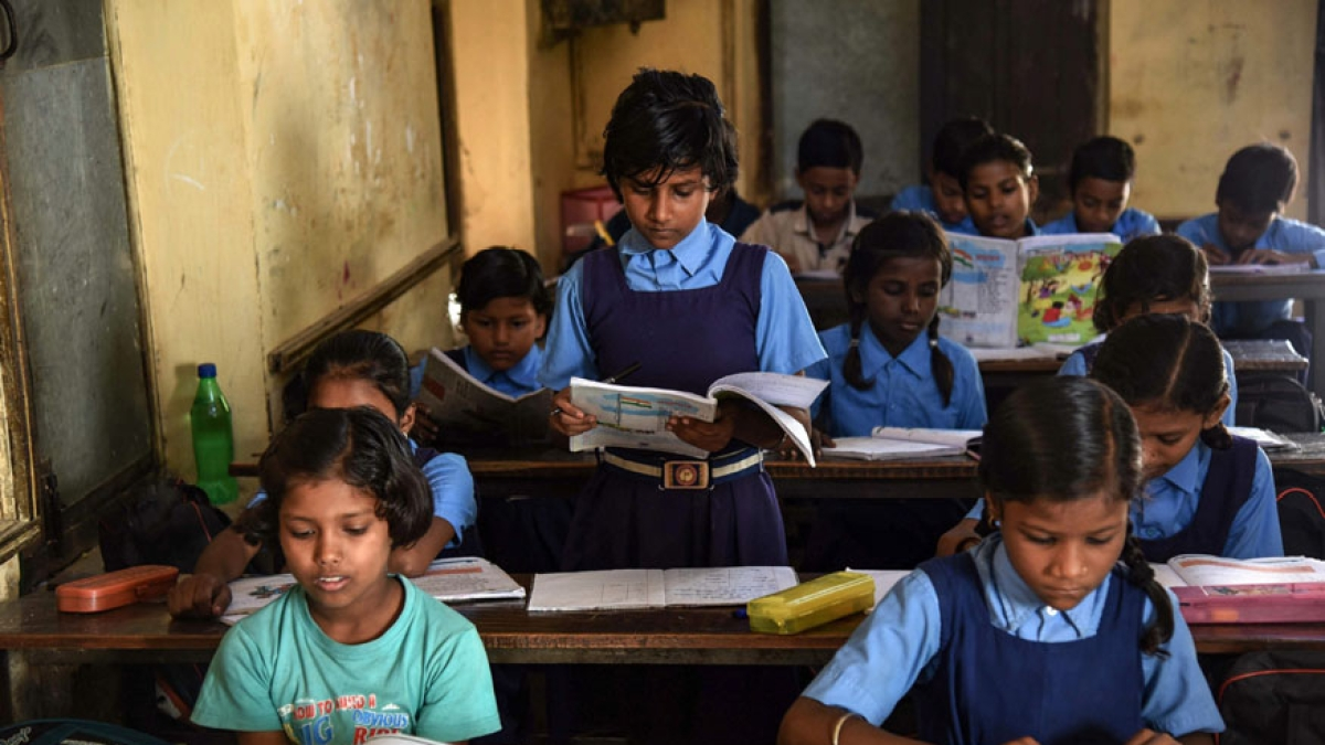 45,000 Bihar  schools witness attendance drop, mid-day meal halted as 3.5 lakh contract teachers on strike