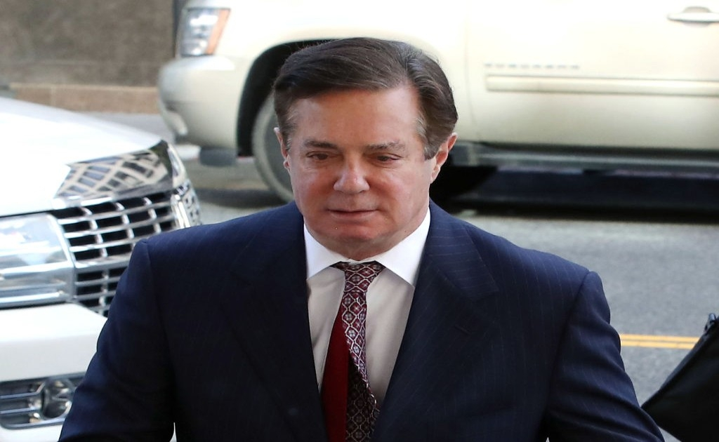 Paul Manafort says Ecuador's president asked him about Julian Assange