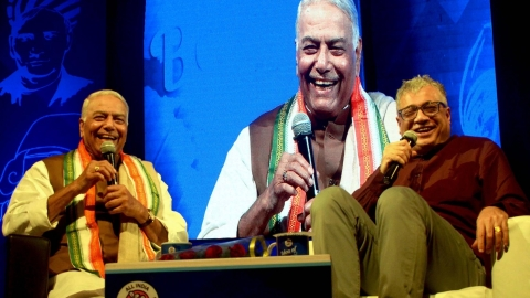 Former BJP leader Yashwant Sinha compares Modi with Tughluq yet again