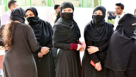 Fresh bill introduced in Lok Sabha to make triple talaq penal offence