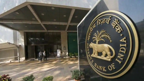 Is RBI protecting big bank defaulters; wilful offenders must be exposed