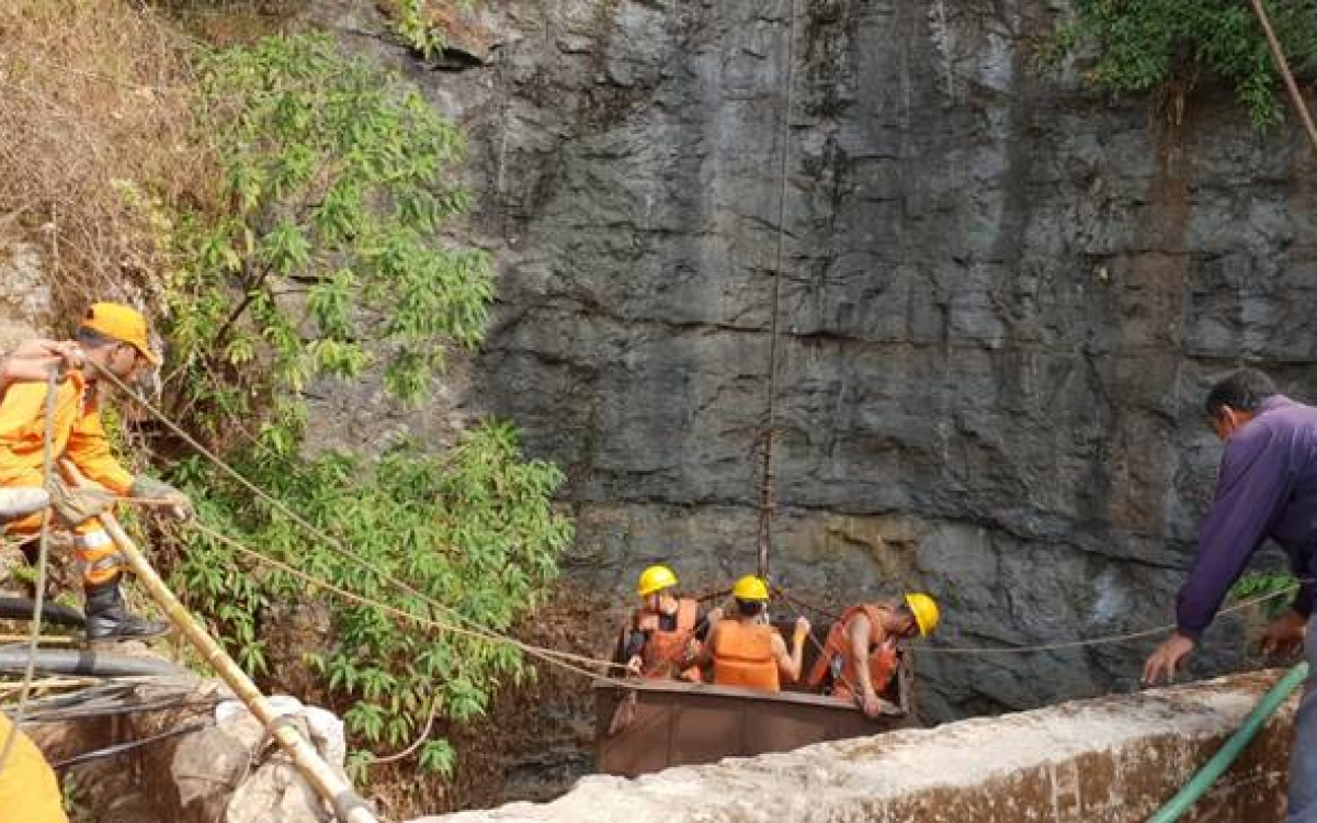 Search Operations Resumed To Trace Trapped Coal Miners In Meghalaya