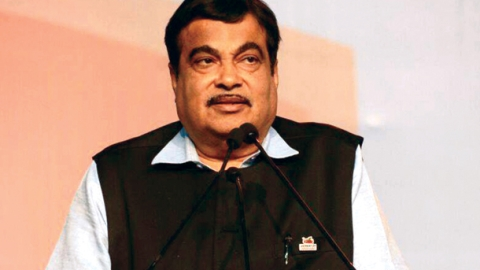 Gadkari says Mallya is not 'willful defaulter', blames banking system, RBI