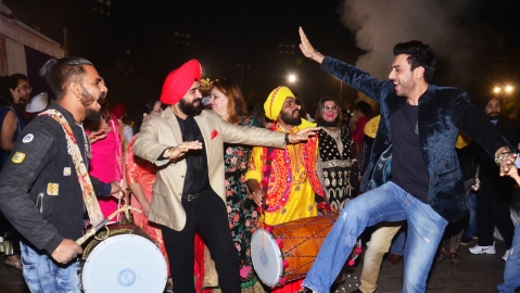 Charan Singh Sapra hosts Lohri party; Kapil Sharma and wife celebrate their first 'Lohri' together