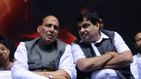 BJP veteran seeks Gadkari as Deputy PM, Rajnath as UP CM
