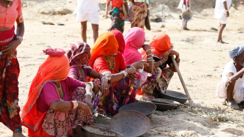 Where is ₹6,084 cr promised by the Centre for NREGA payments?