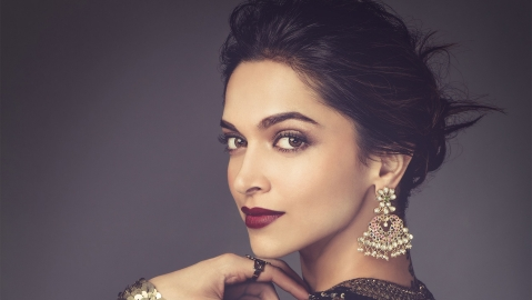 Deepika Padukone launches her website on her birthday