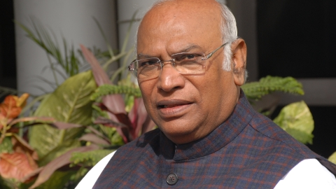 Kharge's blow-by-blow account of meetings in which Alok Verma was removed as CBI chief