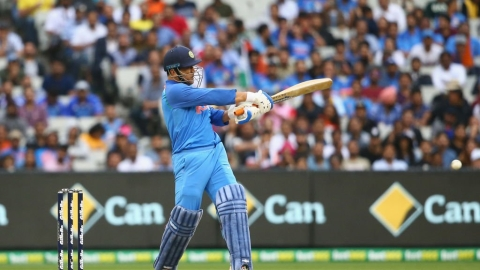 India defeat Australia by seven wickets in third match to win maiden bilateral ODI series Down Under