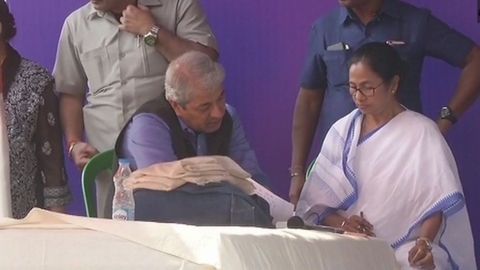 Mamata vs CBI: WB governor submits report to home ministry; WB govt moves HC, SC to hear CBI plea on Tuesday