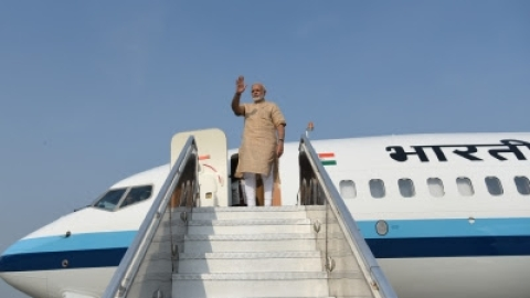 PM Modi lands in Bihar to lay the foundation stones of development projects