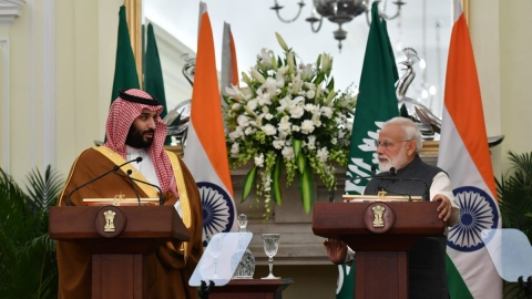 Crown Prince Salman refuses to pinpoint Pakistan's role in Pulwama, calls for resumption of dialogue