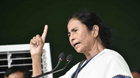 Mamata urges Manoj Sinha to address BSNL's contractual workers' plight