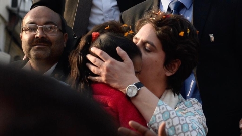 Priyanka Gandhi in Lucknow seeks 'ground realities' from Congress workers