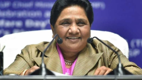 BSP supremo Mayawati becomes active on twitter, Tejashwi thanks her for accepting his request