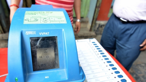 1 in 4 Indian voters doubts EVM's authenticity: Survey
