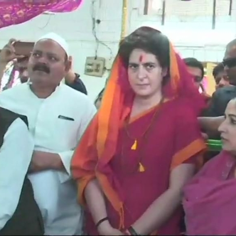 LIVE news updates: Priyanka Gandhi  offers prayers temple & Dargah