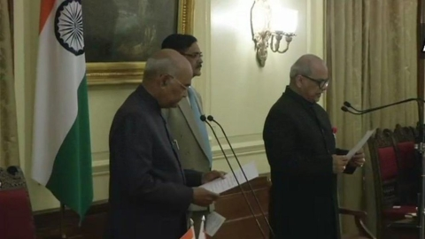 Justice Ghose takes oath as India's first Lokpal