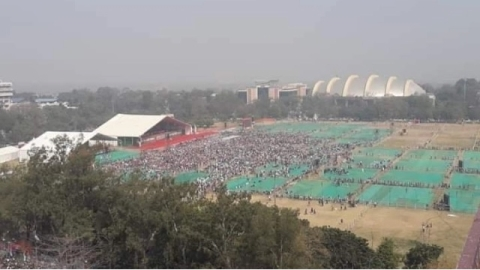 PM Modi's Patna rally draws lukewarm response; NDA leaders panic about low turnout