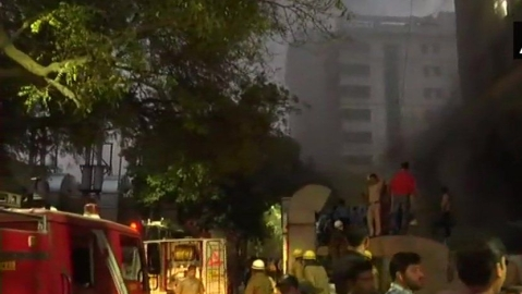 Live news updates: Fire breaks at AIIMS, fire tenders rush to the spot