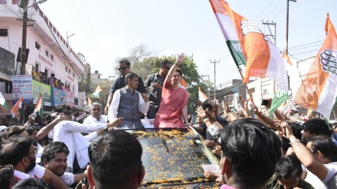 Lok Sabha polls: Priyanka Gandhi's roadshow in Saharanpur, Bijnor draws massive crowd