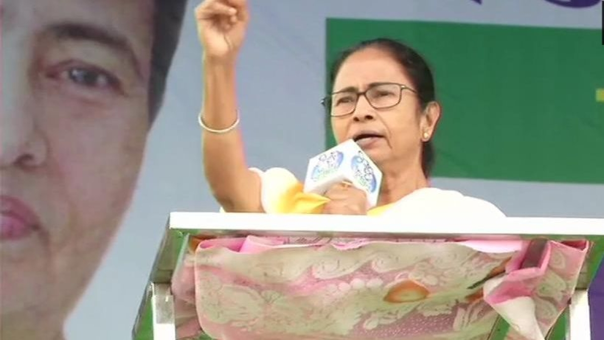 "In fight over CAA, Mamata calls BJP a ""party of Dussasanas"", a saffron MP dubs TMC govt 'shikhandis'"