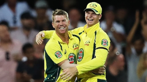 Smith, Warner return as Australia announce WC squad