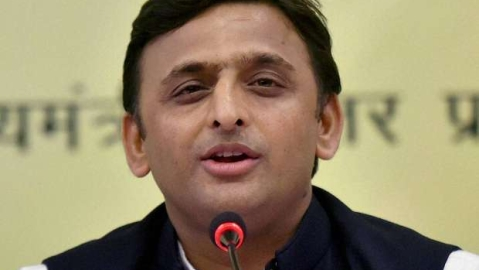 Akhilesh Yadav asks Election Commission  to rectify malfunctioning EVMs immediately