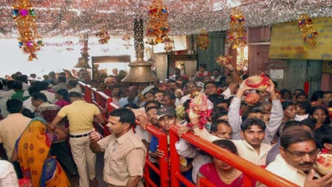 Himachal: Rush in  temples with onset of Navratri