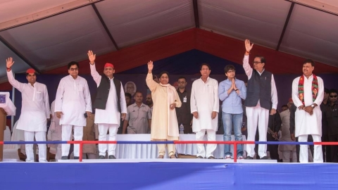 Mayawati boosts Samajwadi Party's prospects in Firozabad as Shivpal threat gets bigger