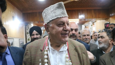 Lok Sabha elections : Can Farooq Abdullah do it again in Srinagar?