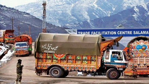 India suspends LoC trade, says being used to fuel terror