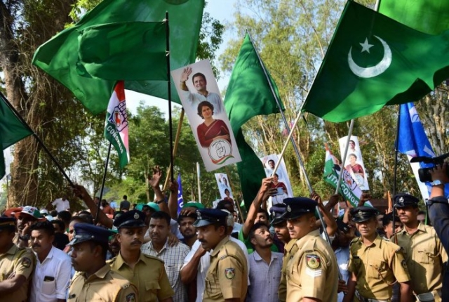 BJP-RSS blamed that in Rahul's Wayanad rally, Pakistani  flags were waved. However, the truth is that green-coloured flag seen in the rally represents the flag of the Indian Union Muslim League (IUML), not the Pakistani flag