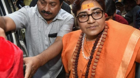 MP Govt to reopen 12-yr-old murder case against BJP's Pragya Thakur