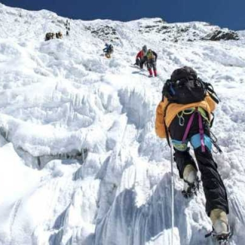 Mt Everest witnesses traffic jam like situation as over 200 trekkers attempt to reach summit point