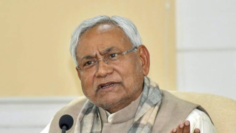 Can Nitish Kumar make another somersault after May 23, is the question in Bihar