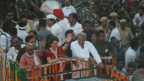Priyanka steps down from roadshow in Varanasi to save a man