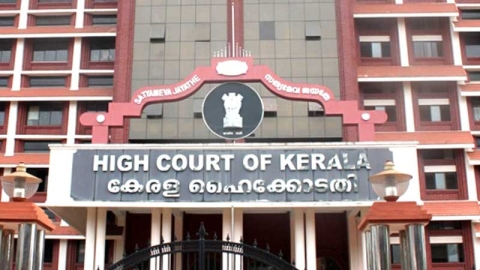 Removing person from voter list without hearing him is illegal and arbitrary, rules Kerala HC