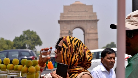 Heatwave becomes severe; Delhi records 46 degrees Celsius