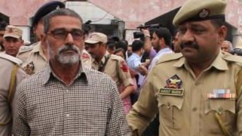 LIVE news updates:Punjab & Haryana HC to hear victim's father in Kathua rape-murder case