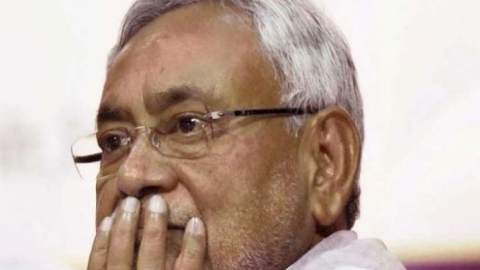 Posters in Patna blame Nitish, Pandey for AES deaths