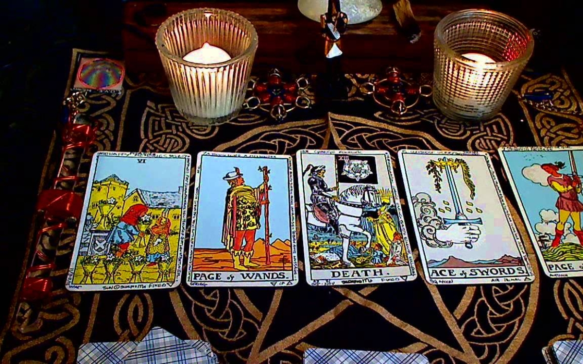 Tarot card reading is the new rage in Silicon Valley!