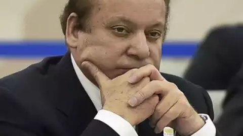 Pakistan court rejects Nawaz's plea for bail in graft case