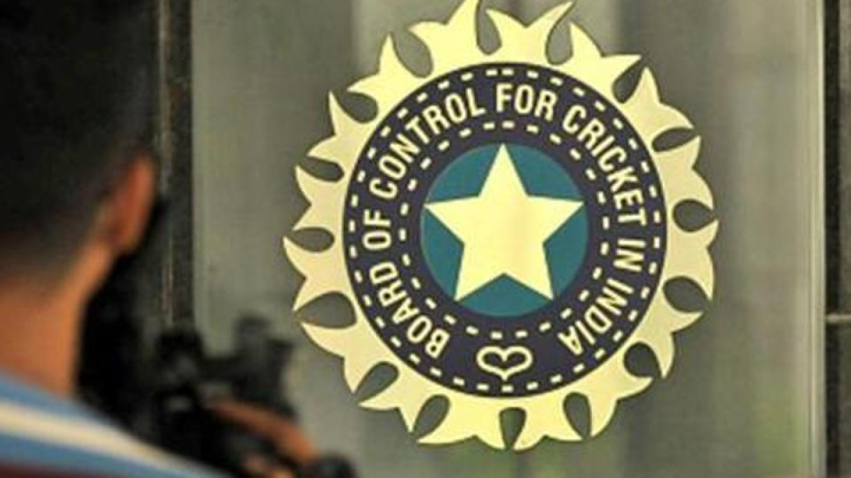 BCCI austerity drive: IPL champions' prize money halved