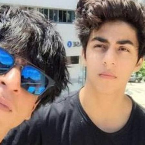 Shah Rukh khan and Son Aryan Khan (social media)
